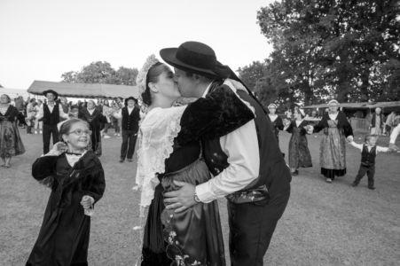 02 - Le baiser des mariés